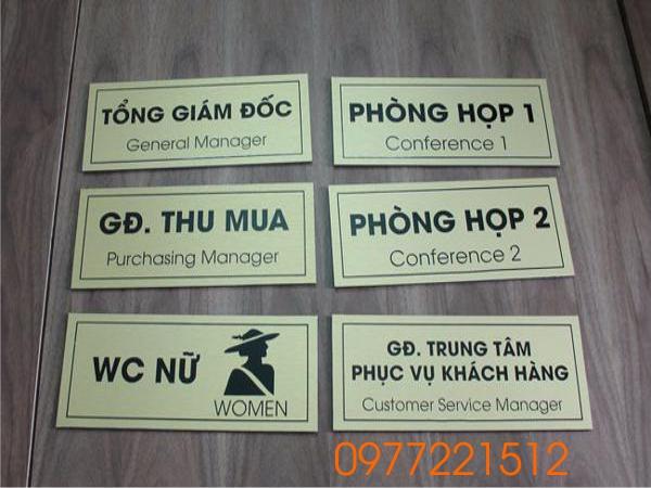 Làm bảng tên phòng ban mica chất lượng tại TPHCM