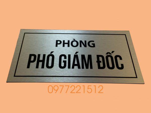 lam-bang-ten-phong-ban-tai-TPHCM