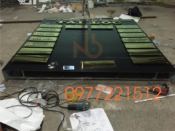 Lấp ráp bảng hiệu công ty Tài Lộc