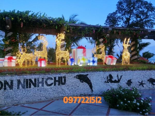 Mô Hình Tuần Lộc Quấn Led Trang Trí Noel Tại Ninh Thuận