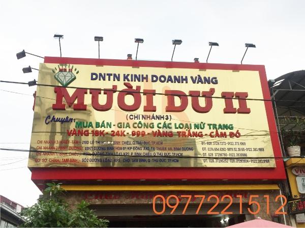 Làm bảng hiệu Alu màu đặc biệt cho tiệm vàng tại TPHCM.